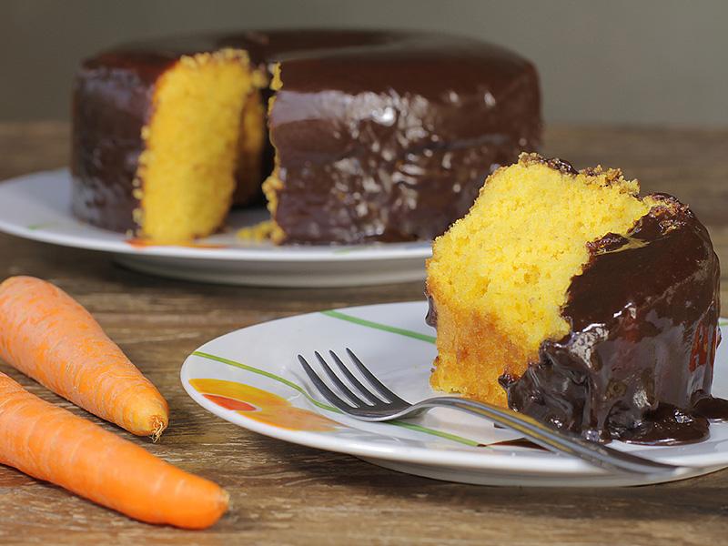 madame-boleira-bolo-cenoura-e-chocolate